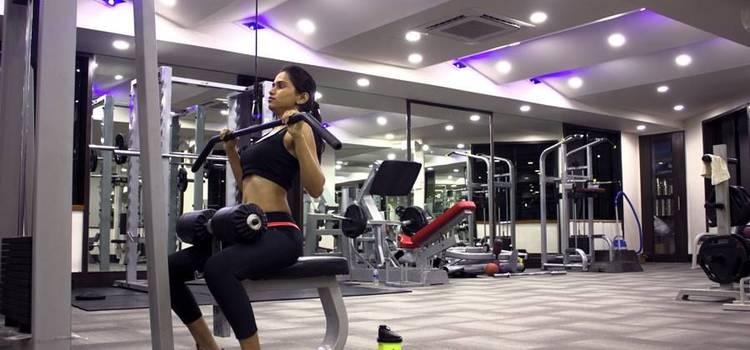 Apple Fitness-Vishrantwadi-3440.JPG