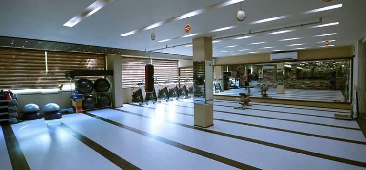 Ozi Gym & Spa-Sector 8-5667.jpg