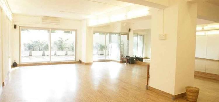 Studio Balance-Charni Road-4257.jpg