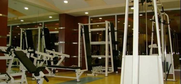 Fizzique Fitness & Health Spa-Lower Parel-3552.jpg
