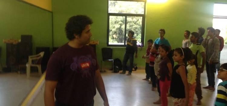 Buskers The Dance Institute-Ambabari-7617.jpg