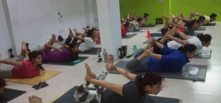 Wellness Power Yoga-Mahanagar-6216.jpg