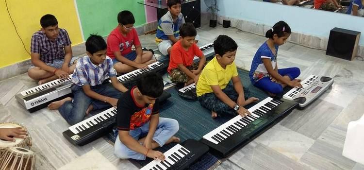 Lyrics Academy Of Music-Gomti Nagar-6260.jpg
