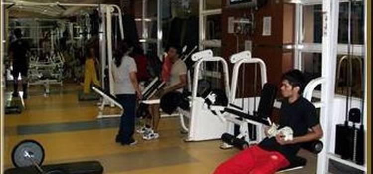 Fizzique Fitness & Health Spa-Lower Parel-3553.jpg