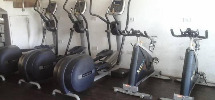 Ozi Gym & Spa-Sector 8-5659.jpg